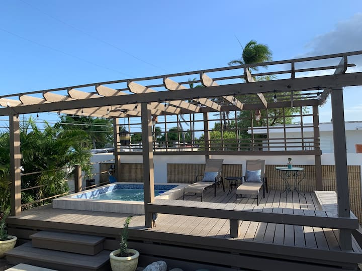 4BR Superb Spacious South Paradise Home