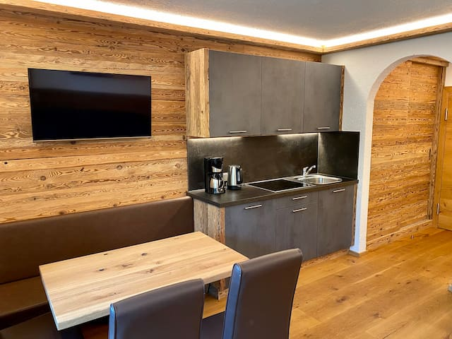 New chalet style 2-room deluxe apartment 55m²