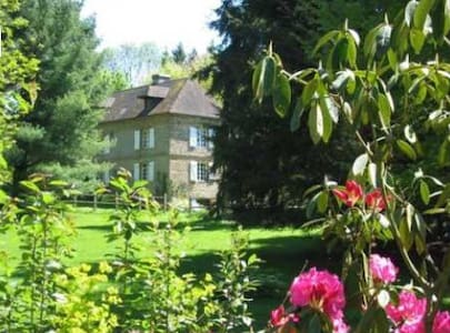 Normandy Farmhouse in large garden