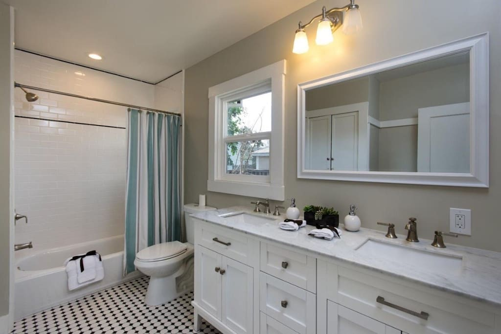 big and clean bathroom.