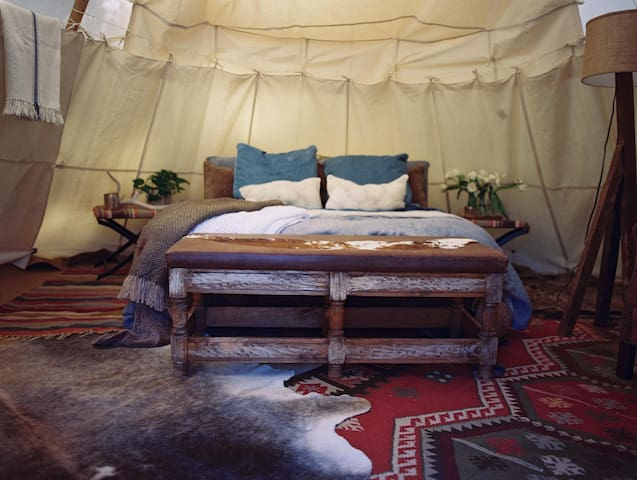 Mountain Tipi Glamping - DGO Like A Local