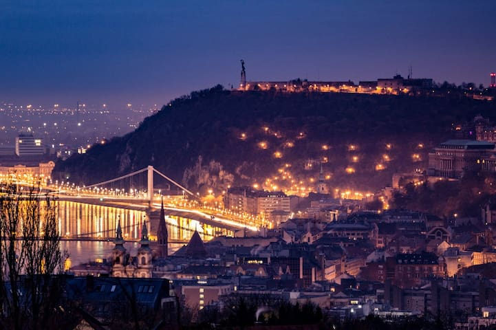 Guidebook for Budapest