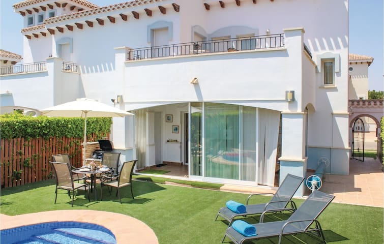 Semi-Detached with 2 bedrooms on 100m² in Torre Pacheco