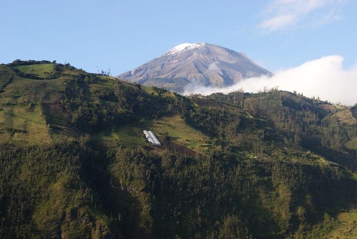 Casa Sonia - Banios Spectacular View of Volcano