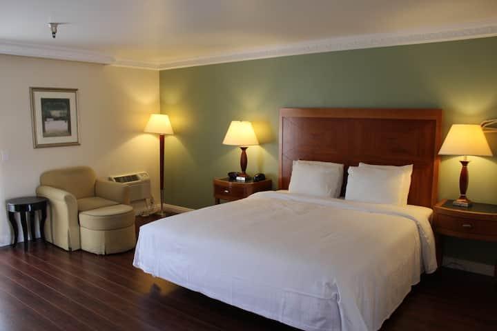 酒店大床房 A