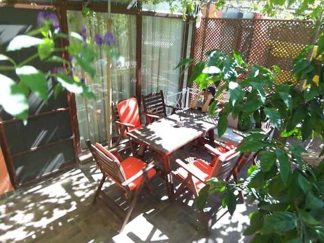 Air-con villa with garden close2sea