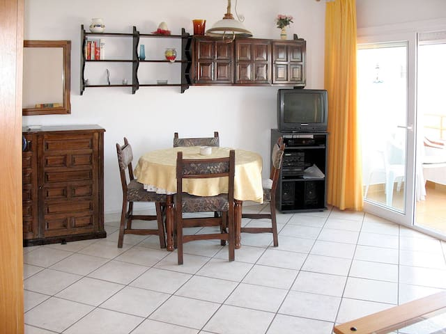 Apartment HOLIDAY CENTER for 3 persons