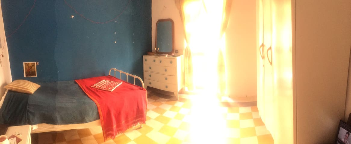 Sinema's room close to Valletta and 3Cities