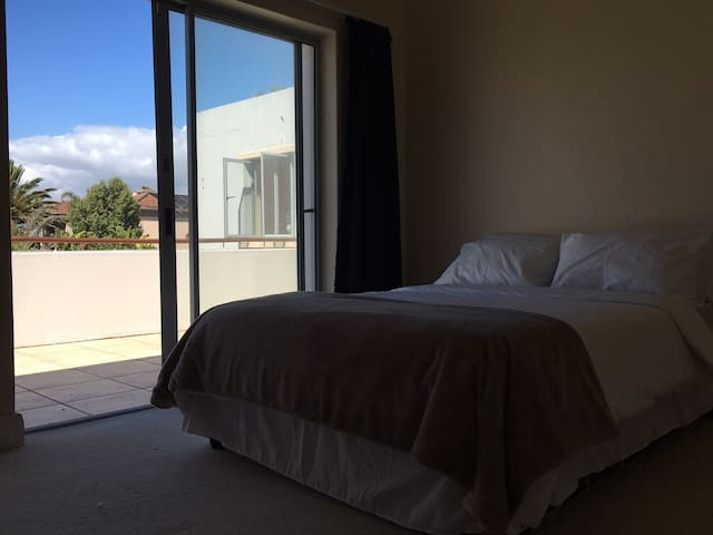 Sunset Studios - Guest room - Cape Town - House