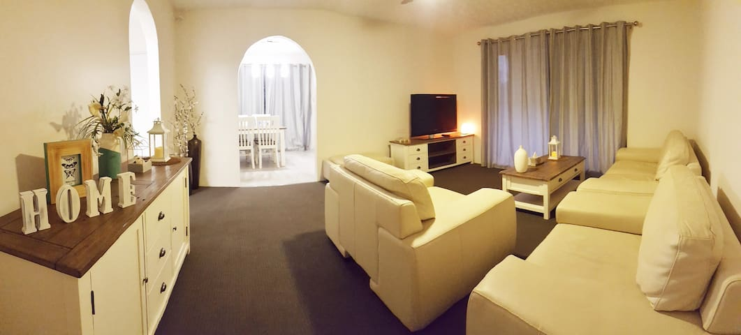 Beautiful Rustic Apartment ~ Private