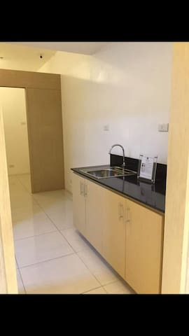 Long term rental for unfurnished condominium