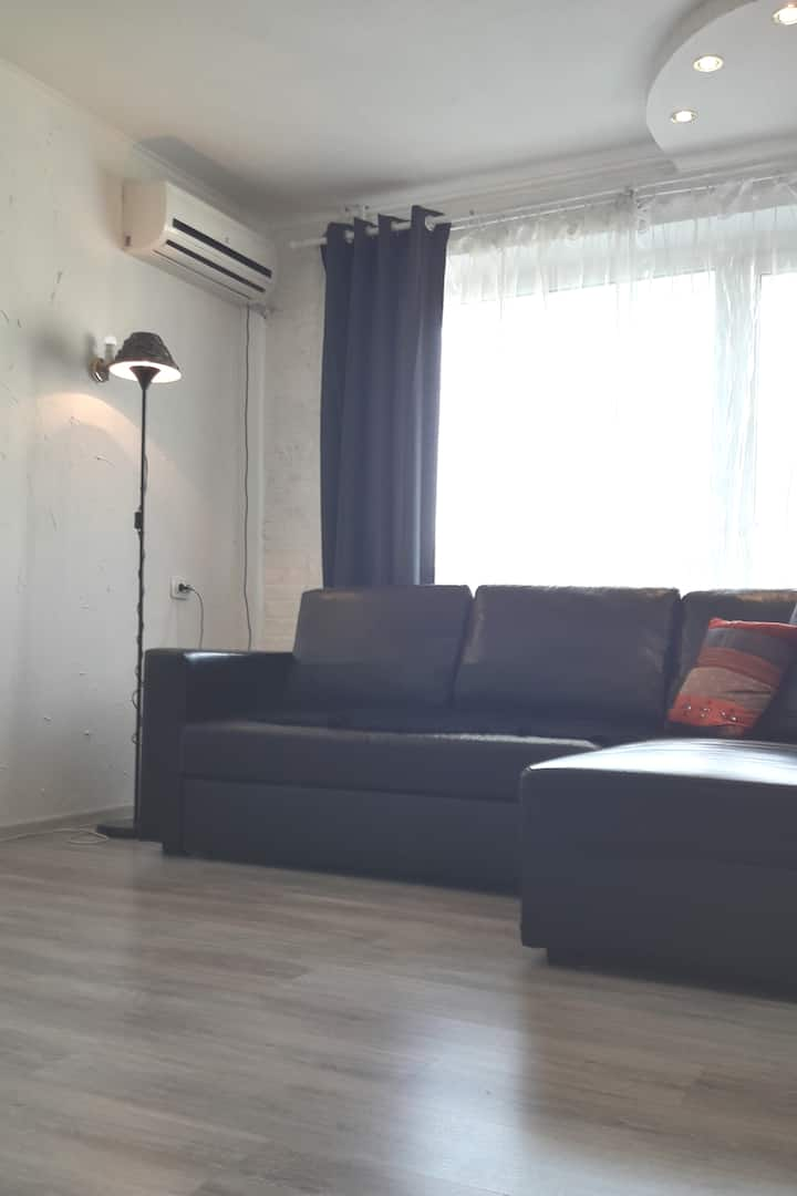 COSY APPARTMENT, ENGLISH SPEAKING OWNER