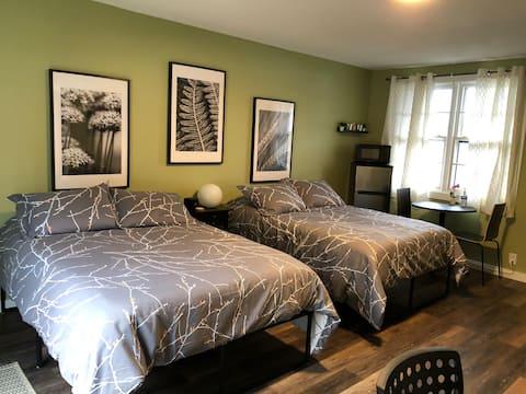 #18 Newly renovated! Horizon Inn (Room #18)