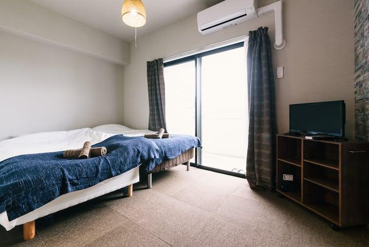 Clean & Cozy room near HAKATA station!