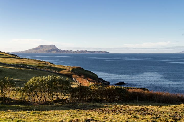 Retreat to the spectacular Atlantic Way coastline - Louisburgh - House