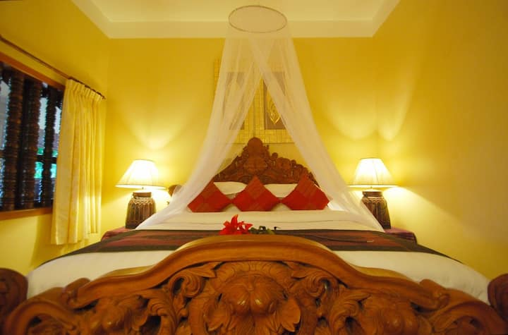 Stunning Suite for 2 in Angkor