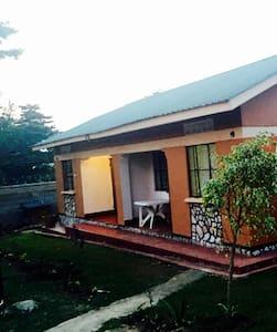Obwaagazi Guest House- Bedroom - Jinja
