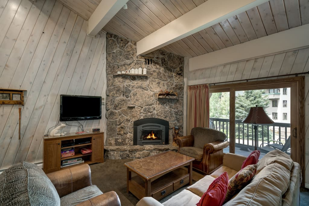 Vaulted ceilings add a feeling of spaciousness to the living area.