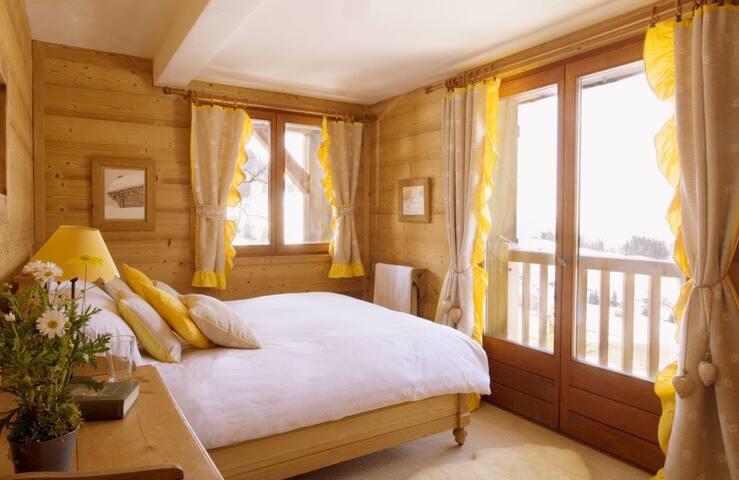 Beautiful bedroom with on suite bathroom