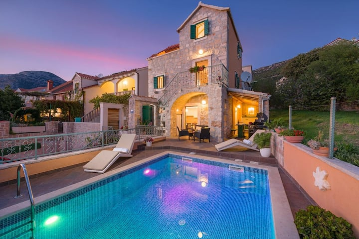 Luxury Villa Miss O with private pool and sea view near the center of Bol on Brac island