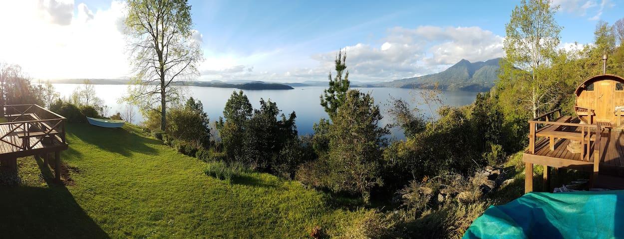 Vista panorámica hacia el lago