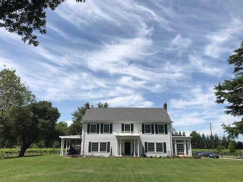 Towne Estate & Vineyard on the Sacramento River