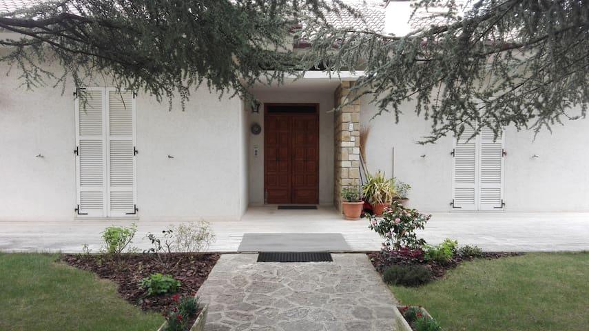 Appartamento in villetta tra natura e storia - Cingoli - Διαμέρισμα
