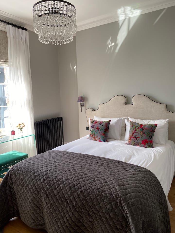 Luxury Boutique Apartment in Chester City Centre 2