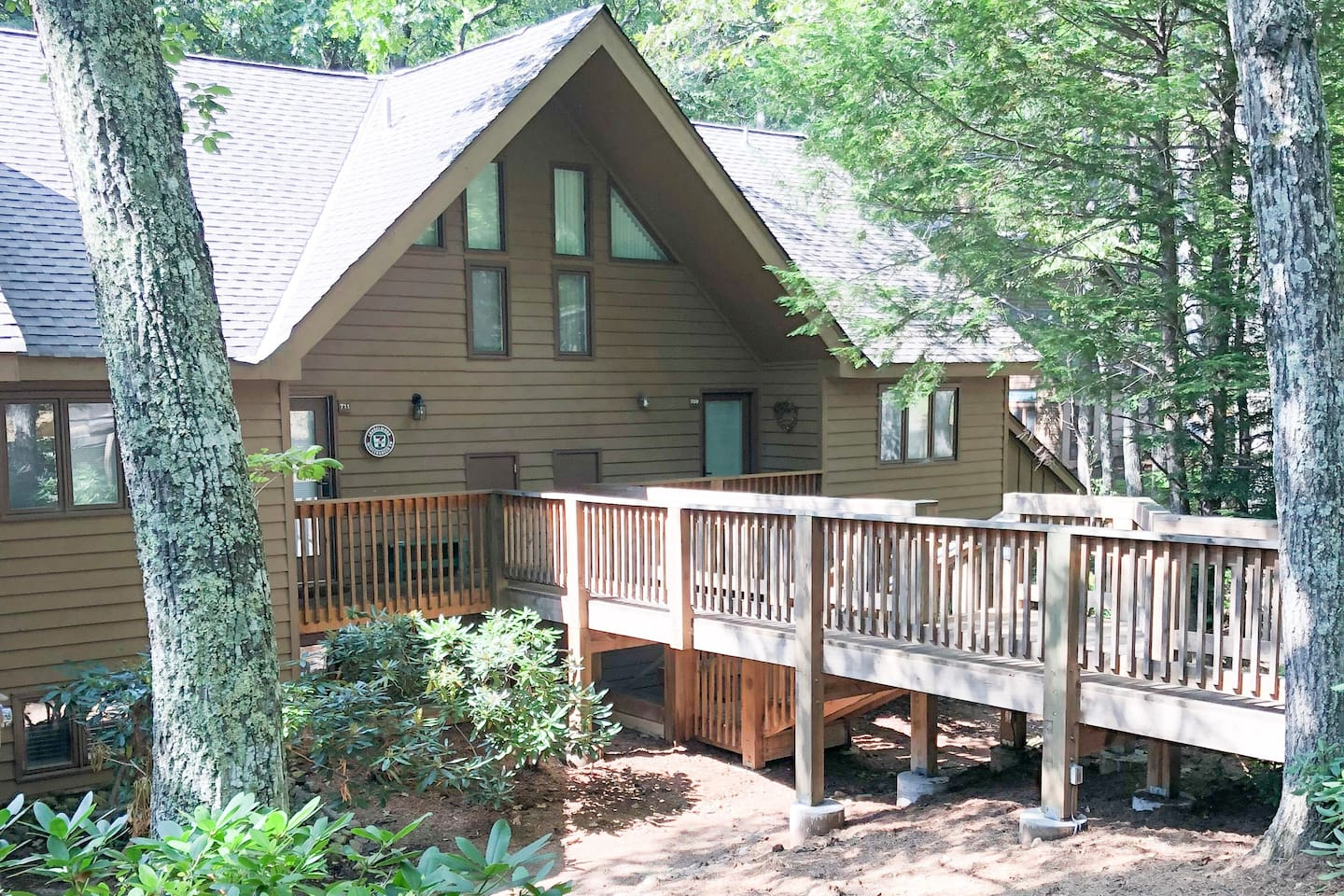 Welcome to our cozy Wintergreen Hideaway just steps away!