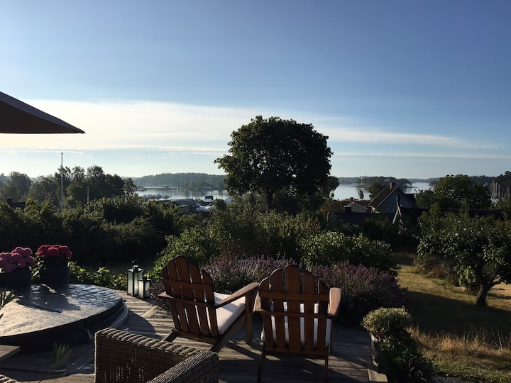 Archipelago house with beautiful seaview, Resarö