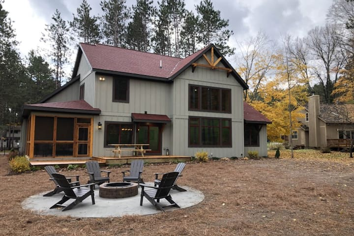 Expansive dog-friendly home w/ golf course views and resort access!