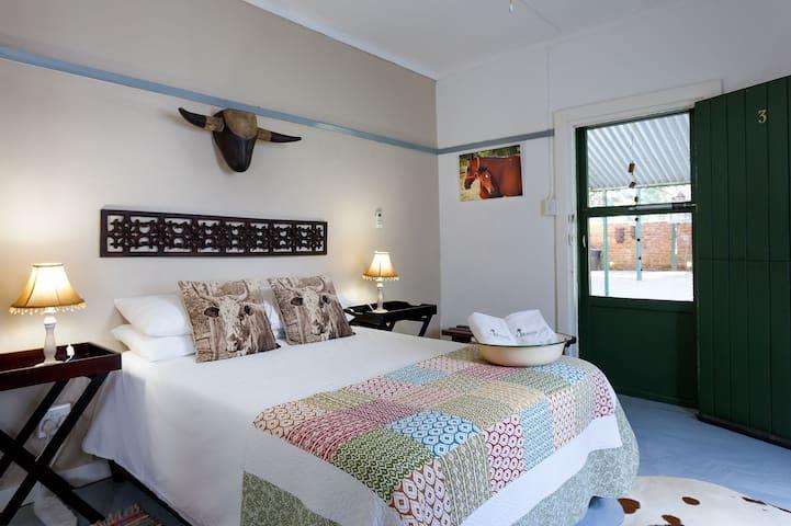 Room 3 @ Karoo Pandok
