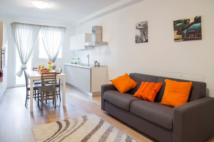 SantaSofia Apartments - PratoDellaValle Apartment