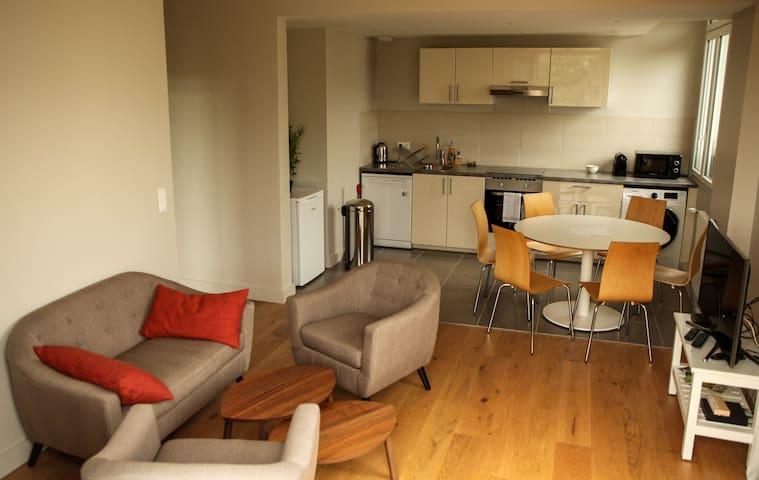 Charme et prestige 75 m2 plein centre de Bordeaux - Bordeaux - Appartement