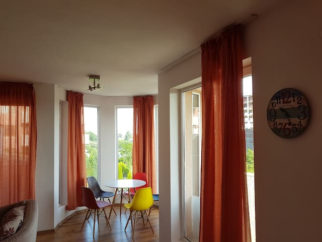Spacious Suite Sotira