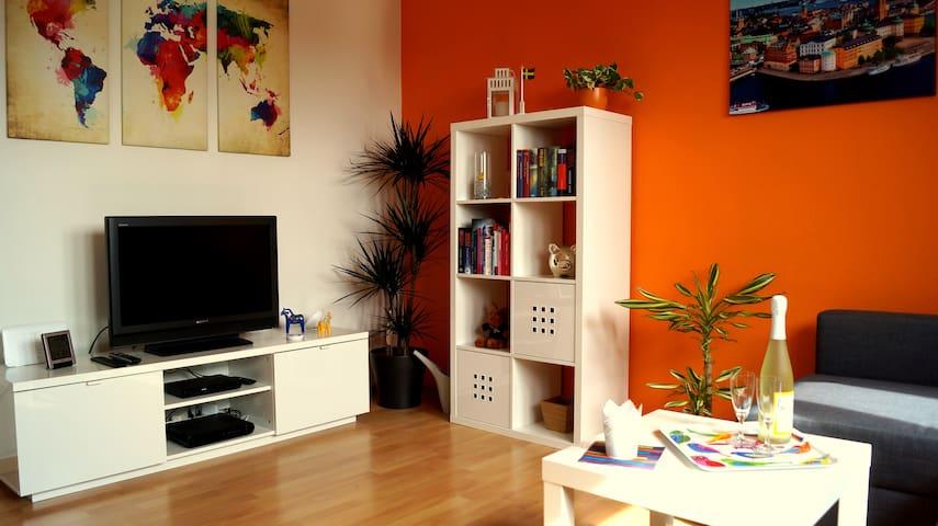 Välkommen! Swedish-style home in FN - Friedrichshafen - Apartamento