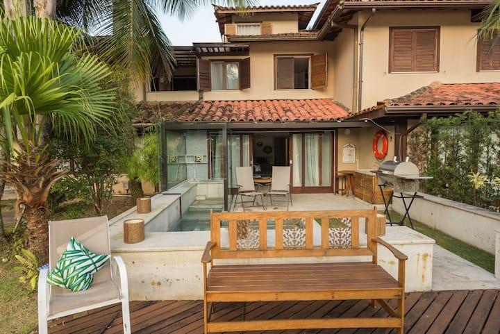 Casa no canal (Cond Porto Frade) 50 m da praia