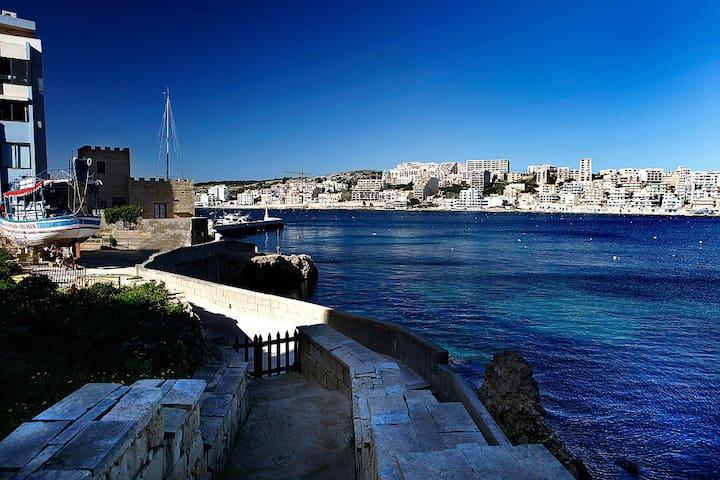 Hiddem gem just off the beach-Northquay sleeps 6 - San Pawl il-Baħar - Apartamento