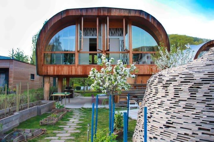 """Gîte insolite cabane luxueuse """"Les Coccinelles"""" - Sainte-Croix-aux-Mines"""