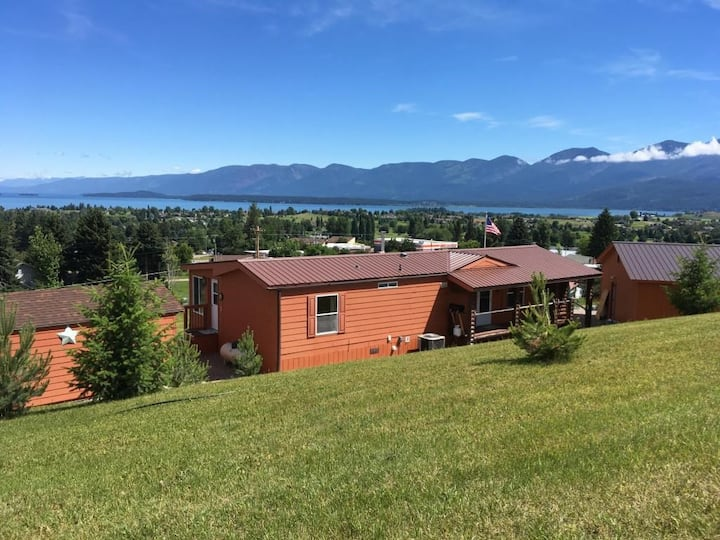 NEW LISTING!! Lakeview Vacation Home
