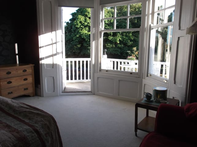 Access to private balcony.