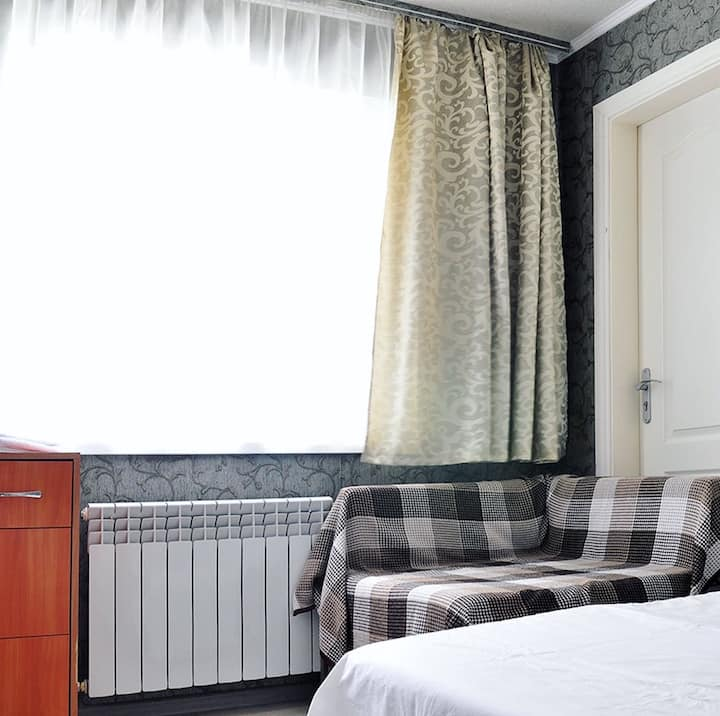 Tan mini hotel