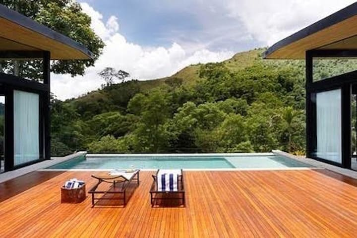 Villa Lazer nas Alturas