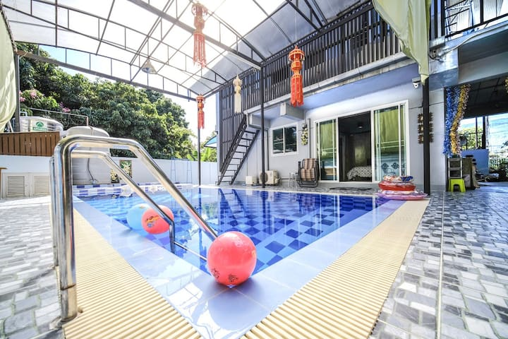 Nimman Airport Place - a happy family accomodation