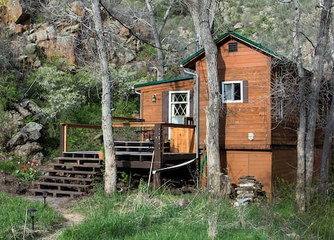 Nature Lover's Cabin