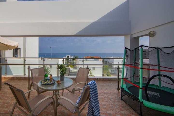 Seafront Protaras  Sea View Apartment 3