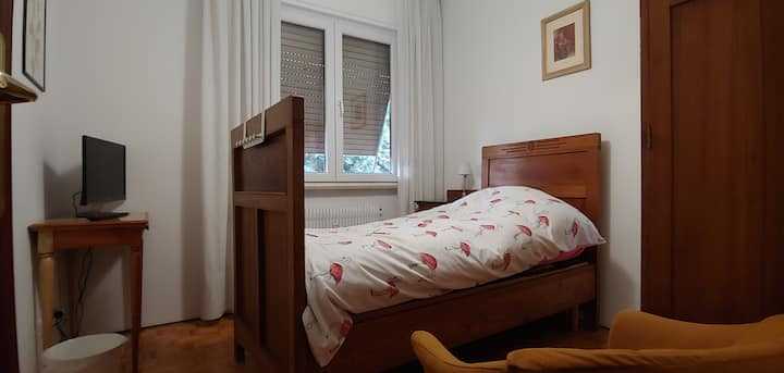 Room Mirto