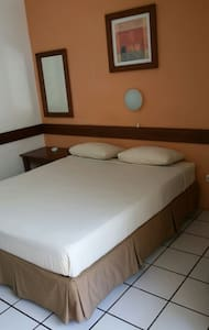 Rumah teras guest house - Bed & Breakfast