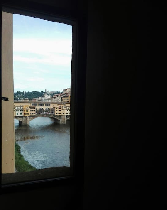 Private View of Ponte Vecchio Directly from the apartment...
