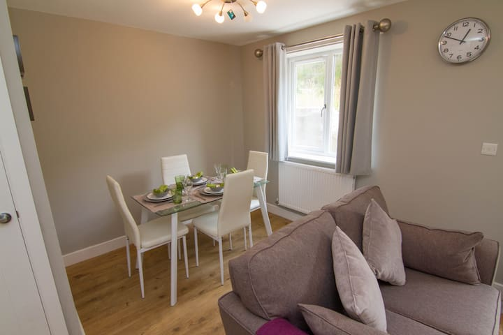 Cosy New 3 bed house - Quiet Location